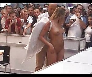 Denise, desnudo en público como un ángel, por snahbrandy peliculas porno xx