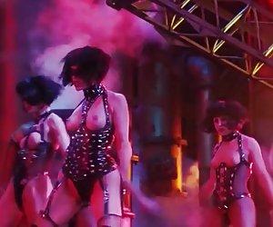 Gina gershon y elizabeth barkley desnudo escena de showgirls putas calientes xxx gratis