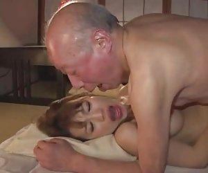 El viejo y hermoso japonés joven esposa xxx de porno