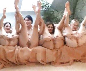 Cuatro niñas expuestos, cual elegir? polno gratis